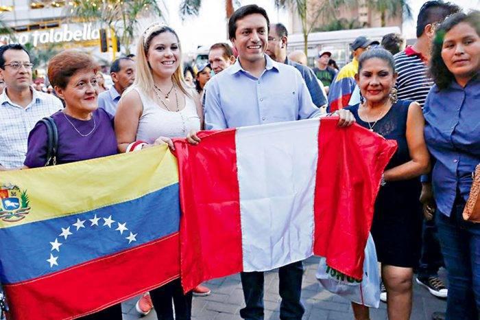 """Por """"xenófobo y discriminatorio"""", suspenden censo de venezolanos en municipio de Perú"""