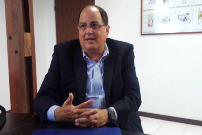 César Atencio
