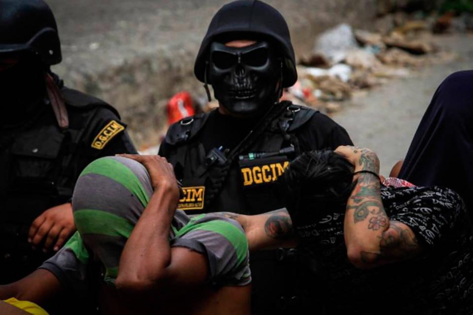 violación a los DDHH Tortura