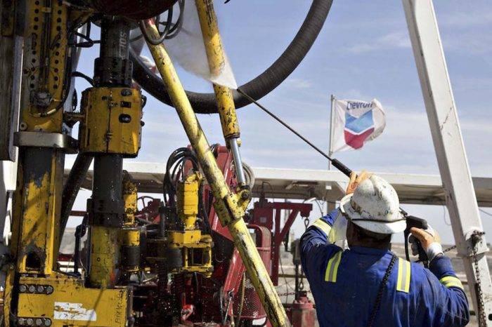 Chevron sienta las bases para su salida de Venezuela
