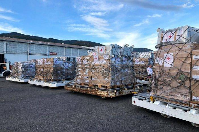 Llegan a Venezuela 34 toneladas de ayuda humanitaria proveniente de Italia