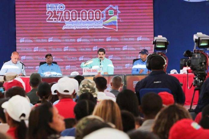 """Chavismo dice que se instalará una """"mesa de diálogo permanente"""" con """"las oposiciones"""""""