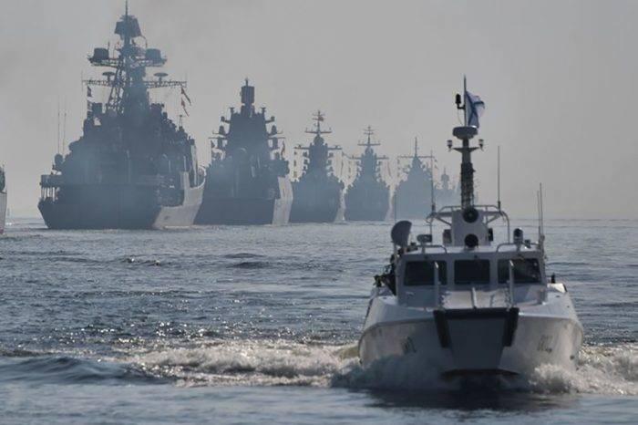 Buques de guerra rusos podrán atracar en puertos venezolanos, anuncia Vladimir Padrino