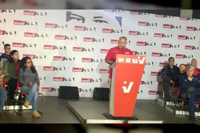 """Cabello pide """"obligar"""" al pago en bolívares ante creciente uso del dólar"""