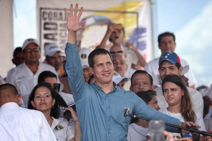Guaidó dio espaldarazo a maquinaria adeca durante gira por Aragua