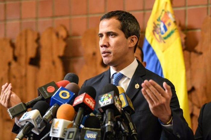 Designación de Árias Cárdenas como embajador ante México es írrita, asegura Juan Guaidó