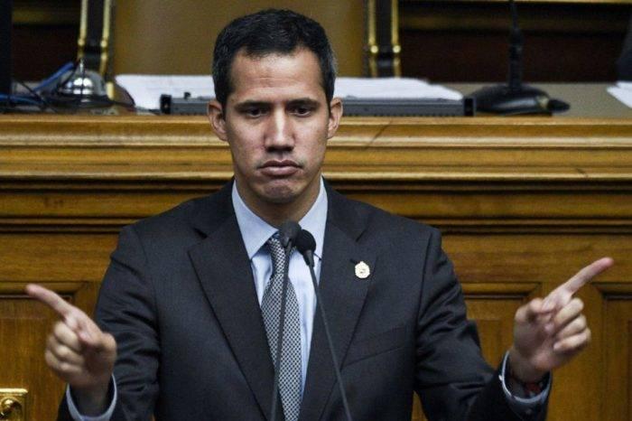 """Guaidó: """"El régimen se hace de la persecución"""" para deshacer el parlamento"""