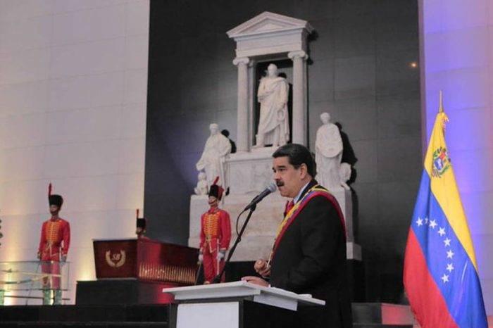 """Maduro convocó """"protesta mundial"""" contra las sanciones de EEUU para el #10Ago"""