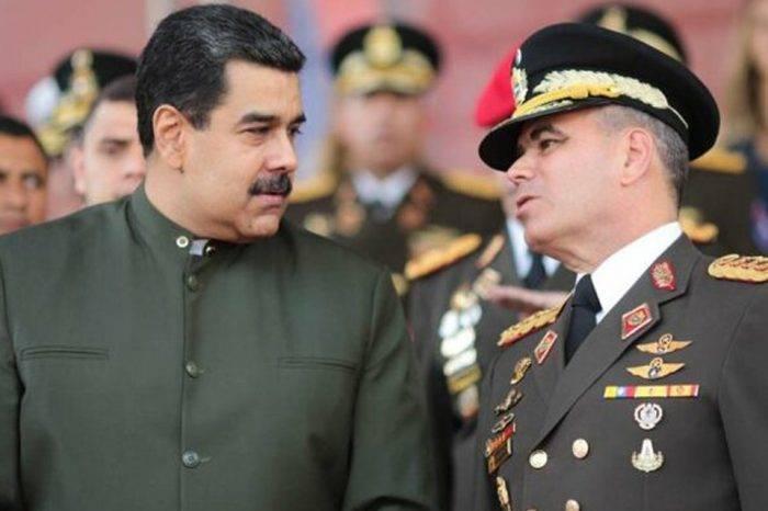 """Maduro: Padrino López y Maikel Moreno fueron """"mis fichas"""" en fallido golpe del #30Abr"""