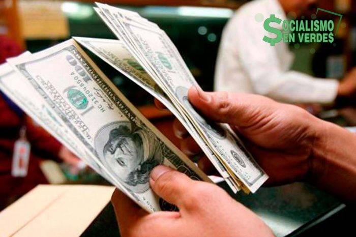 """Dólar paralelo domina el mercado a un año de """"derogada"""" la Ley de Ilícitos Cambiarios (I)"""