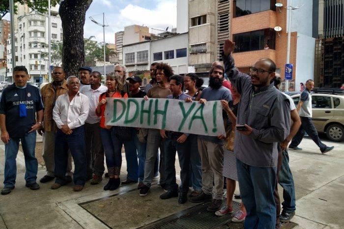 Sindicalistas exigieron frente al Ministerio Público la liberación de Rubén González