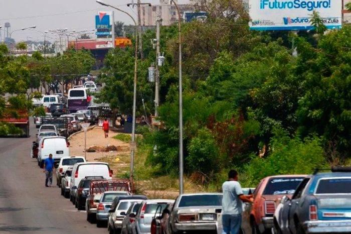 En el Zulia prohíben hacer colas por gasolina luego de las nueve de la noche