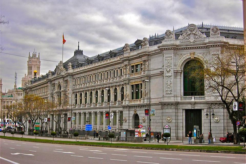 Banco Central de España mueve fondos del gobierno de Maduro