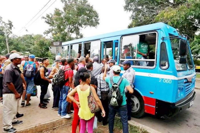 ¿Qué está causando la aguda escasez de combustible en Cuba?