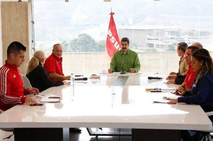 """Maduro: Fotografías de Guaidó con """"Los Rastrojos"""" son un """"escándalo de primer nivel"""""""