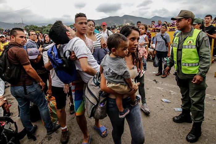 España clama por apoyo a Colombia