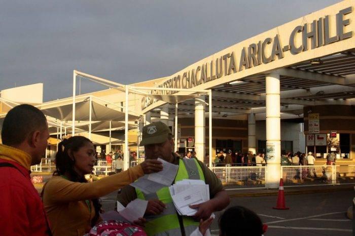 Desciende ingreso de venezolanos a Chile: En julio hubo 2.107 llegadas y 3.492 salidas