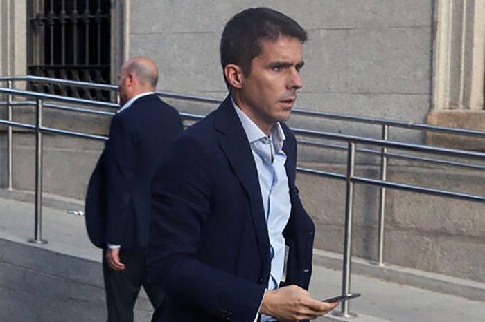 Hijo de José María Aznar se asocia con el banquero prófugo Carlos Santaella