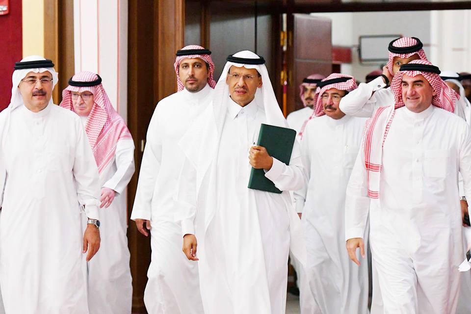 Arabia Saudita recuperará su producción de crudo a finales de mes