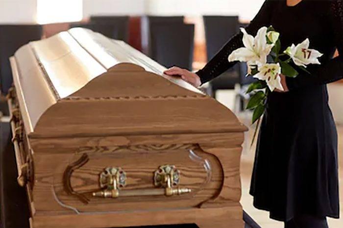 Morir en el extranjero: un alto y largo precio a pagar. El costo de una repatriación desde cualquier país supera los 1000 dólares