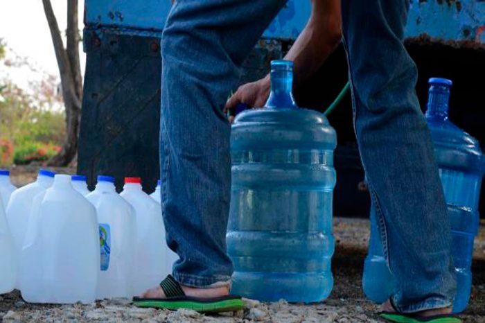 Gobernador dice que indolencia de Maduro agravará escasez de agua en Margarita