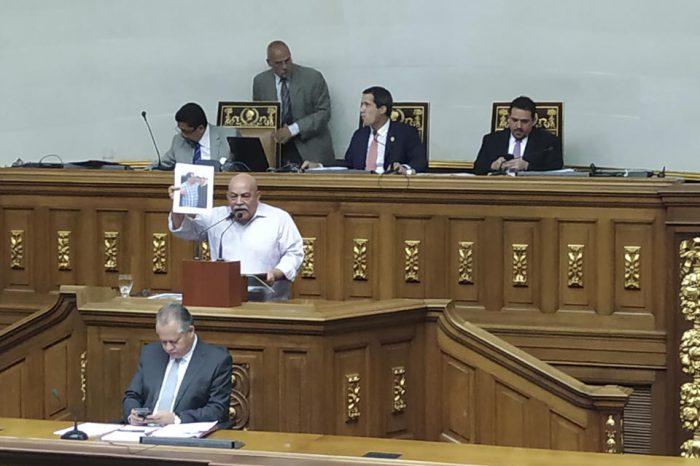 Insultos entre diputados le ganaron al debate sobre grupos irregulares en el país