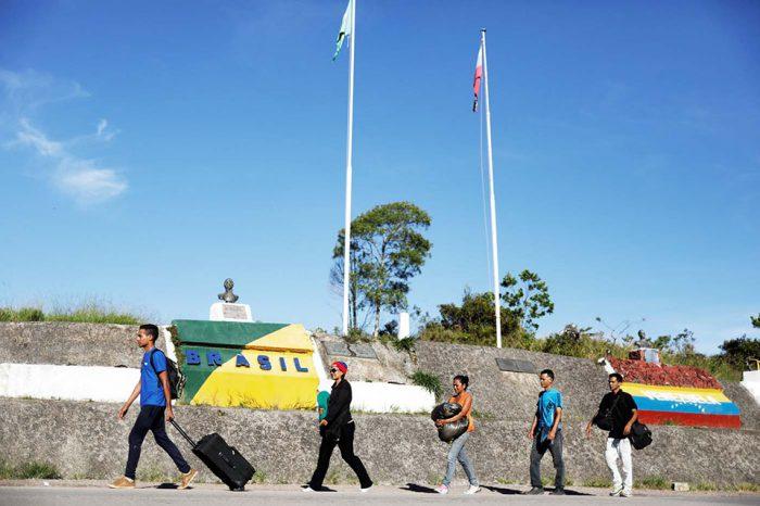 La mitad de los venezolanos que ingresan a Brasil diariamente solicitan refugio