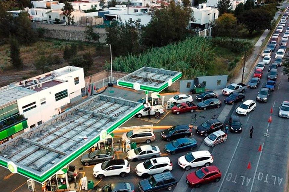 Colas gasolineras