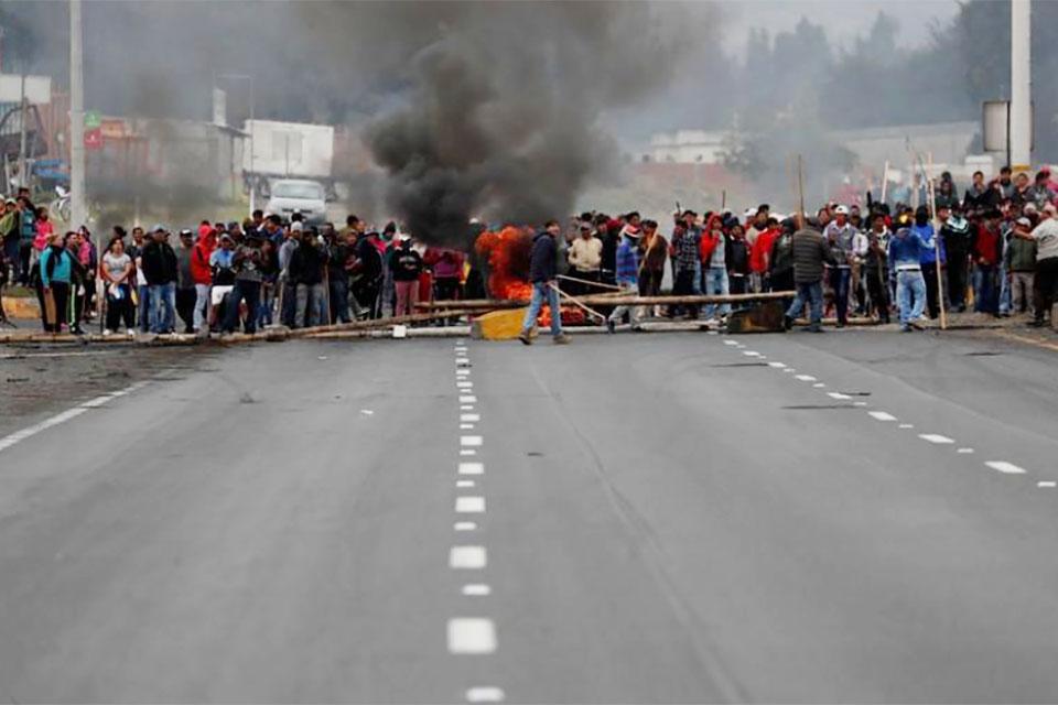Un hombre muere en medio de protestas en Ecuador. Las manifestaciones se han convertido en un desafío para el gobierno de Lenín Moreno