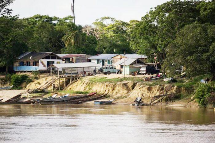 Guerrilla y criminales controlan oro y migrantes en la frontera con Guyana