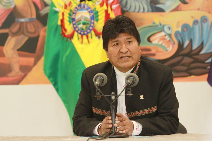 """Evo denuncia golpe en Bolivia y pidió al pueblo defender la """"democracia"""""""