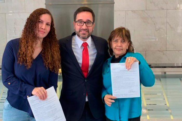 Juez en EEUU otorga asilo político a familiares de Óscar Pérez