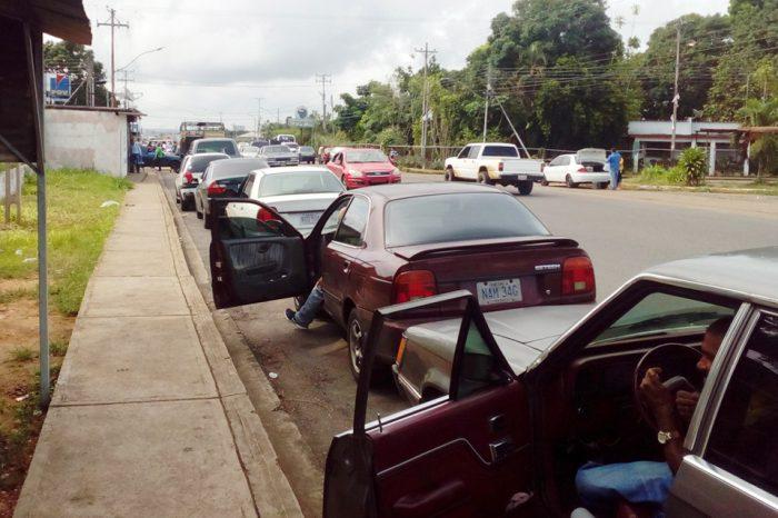 Fallas en el suministro de gasolina admite la gobernadora de Monagas