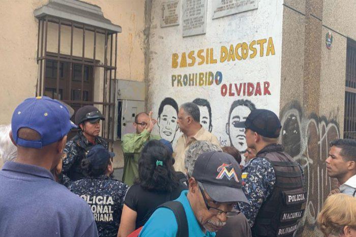 PNB reprimió protesta por falta de agua en la Candelaria
