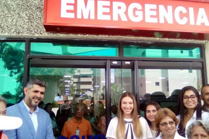 Funcionarios del Gobierno cierran quirófano inaugurado por Fabiana Rosales en Lechería
