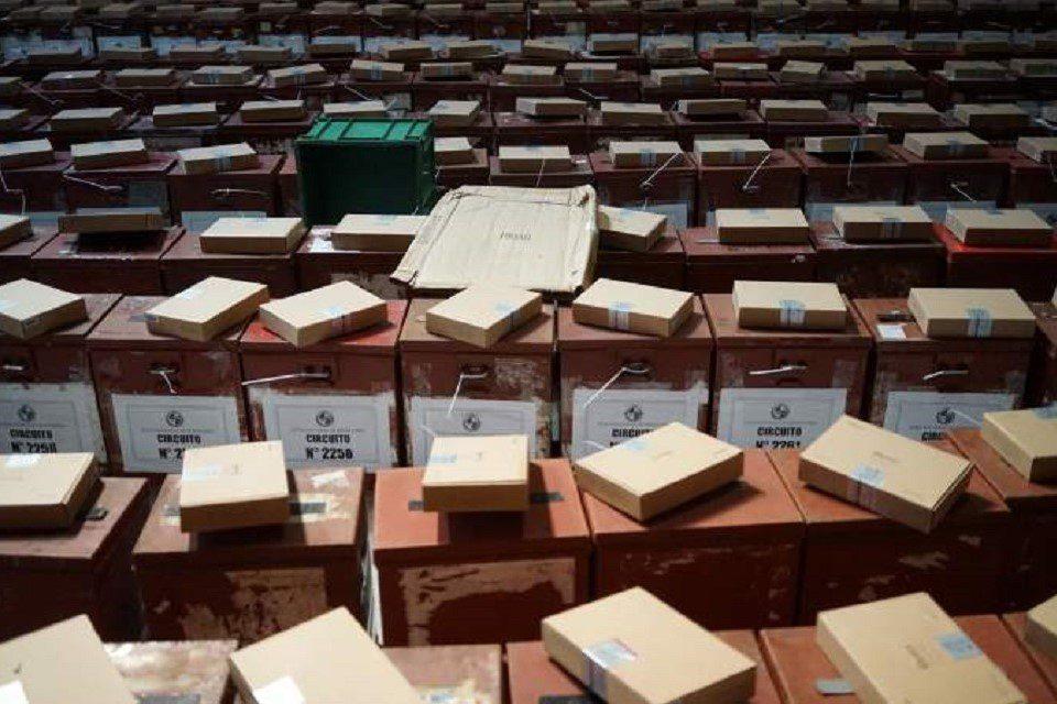 Frente Amplio uruguayo tiene la mayoría pero se expone a segunda vuelta