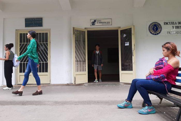 Ucvistas resuelven por su cuenta las precariedades de la universidad