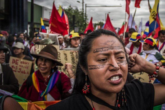 """Movimiento Indígena de Ecuador pausa diálogo por presunta """"persecución"""" del gobierno"""