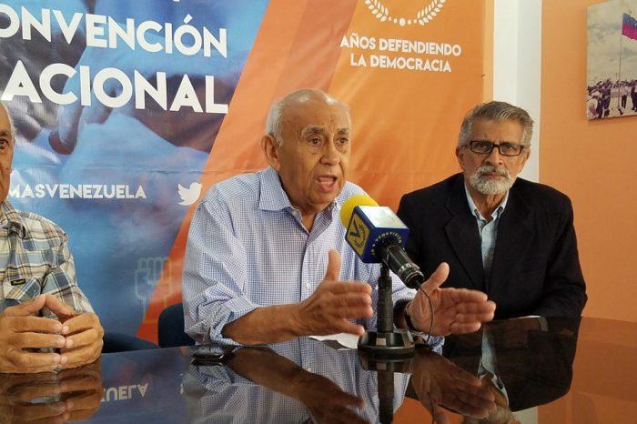 MAS: Maduro y un sector de la oposición ofrecen una salida de violencia y confrontación