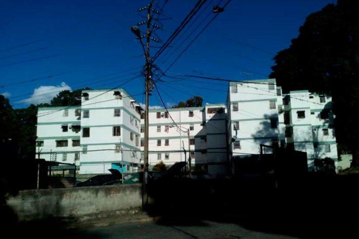 Hidrocapital juega al desespero con los vecinos de la UD-2 de Caricuao