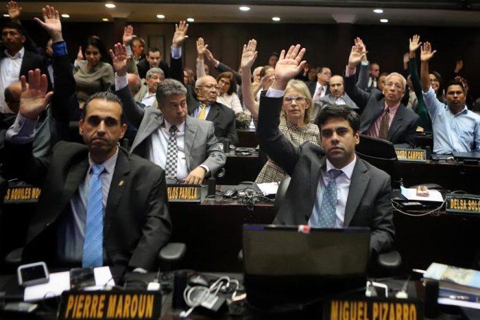 Presentan proyecto en Argentina para dar refugio a diputados venezolanos perseguidos