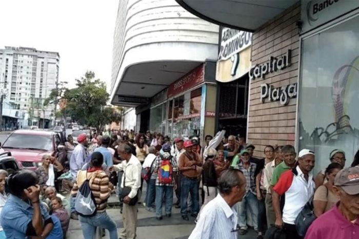 Barquisimetanos pagan servicios públicos con horas de su vida