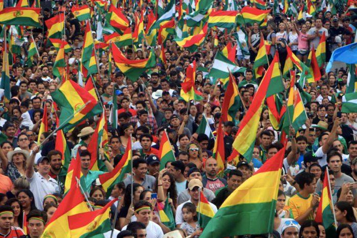En Bolivia puntea en las encuestas el candidato de Evo Morales