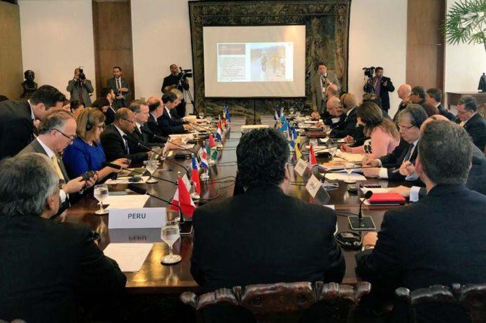 Perú propone al Grupo de Lima establecer diálogo con países que apoyan a Maduro