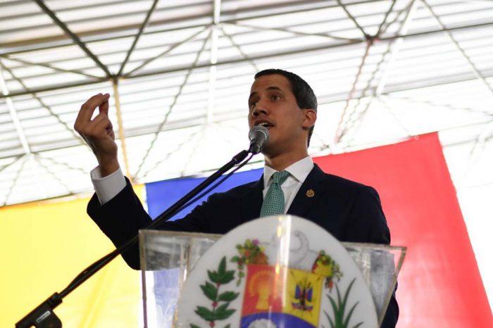 Guaidó: La protesta también busca exigir a la FAN que se apegue a la Constitución
