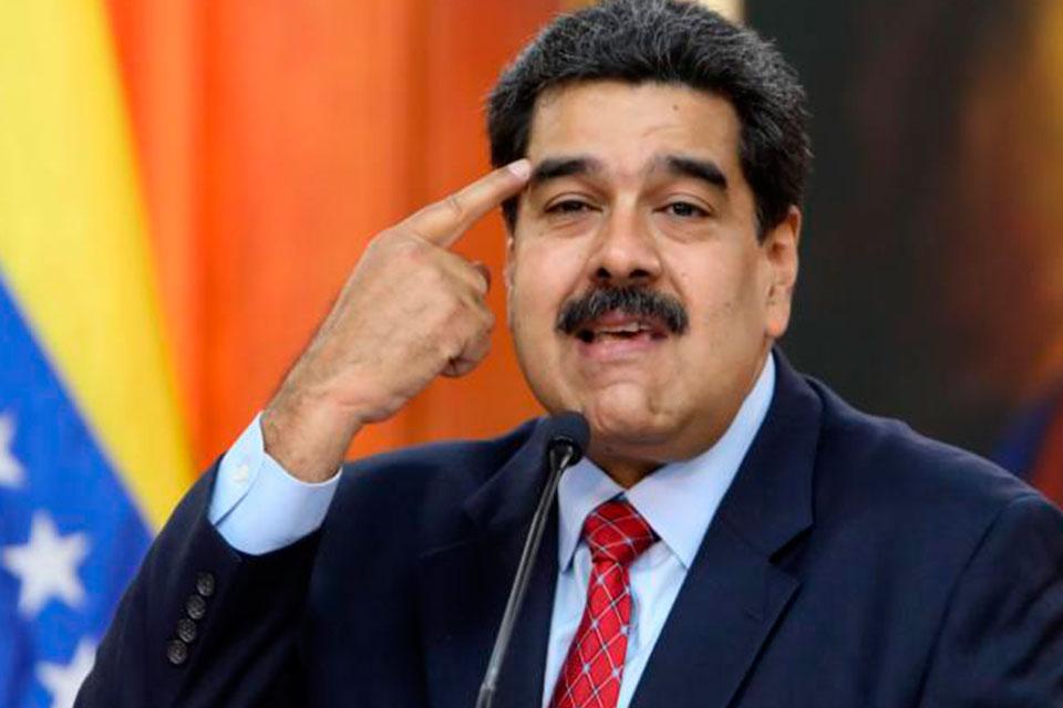 Maduro cree que dolarización de la economía puede ayudar a la recuperación de Venezuela