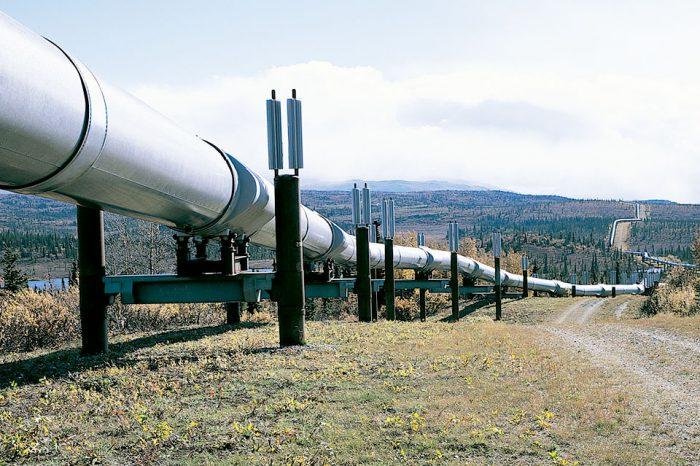 Repsol evalúa sustituir crudo venezolano con suministros de Canadá