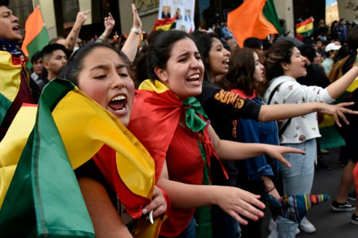 Efectos de la crisis de gobernabilidad de Bolivia, por Marino J. González R.