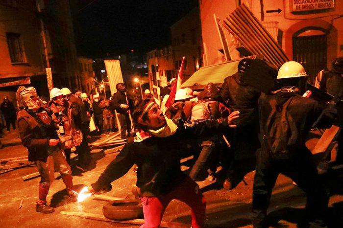 Vacío de poder ¿Quién gobierna Bolivia tras la renuncia de Evo Morales?