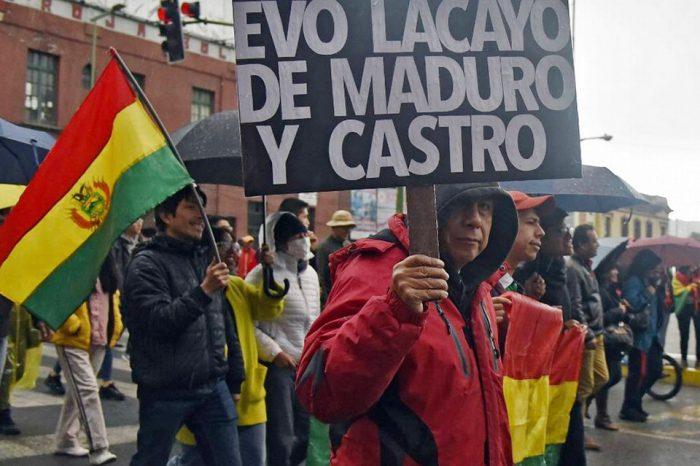 Ultimátum a Evo Morales